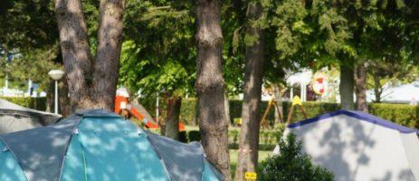 Camping Municipal des Bords de l'Aureis een uitstekende camping in Bayeux vlak bij de kust en de D-Day landingsstrandenvan Normandië.