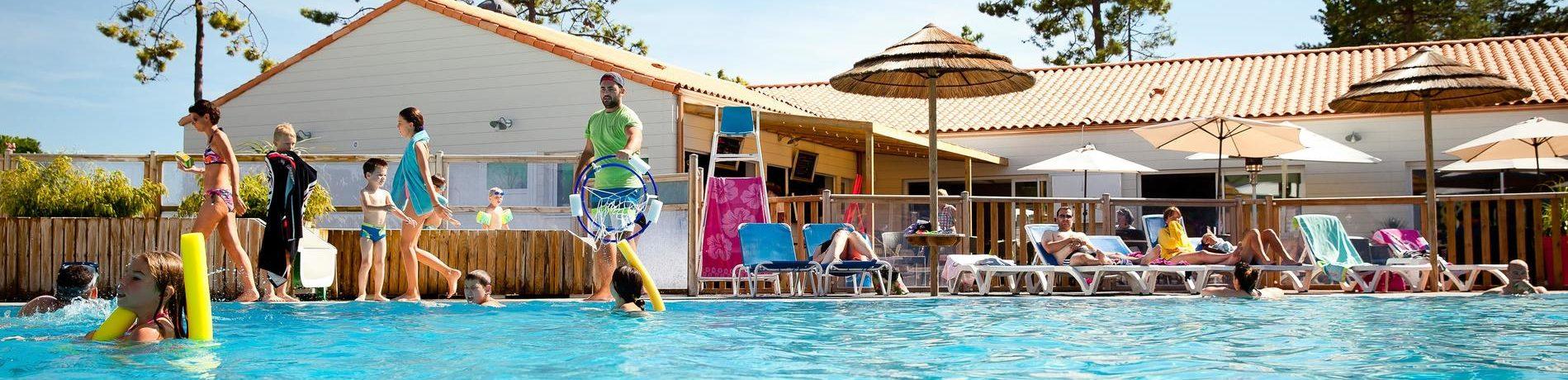 Camping Signol is een kindvriendelijke camping aan zee met zwembad op het eiland Île d'Oléron aan de Atlantische kust van de Charente-Maritime.
