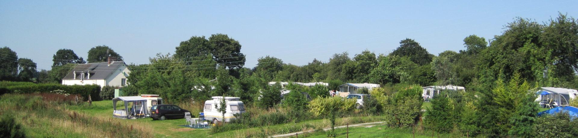 Camping Le Domaine Roqueforette is een kleine camping in Normandië met Nederlandse eigenaren. De camping staat voor rust, natuur en ontspanning.