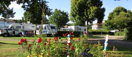 Camping de Vittel is een rustige camping vlakbij het chique kuuroord Vittel in de Franse Vogezen in het departement Lorraine.