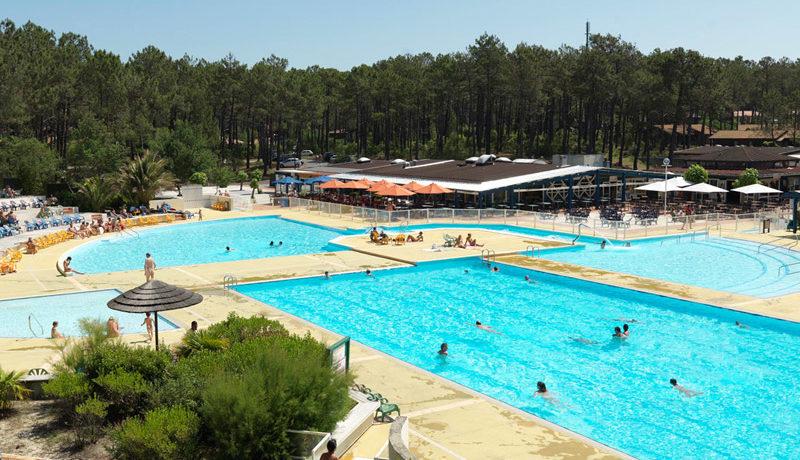 La Jenny is een naturisten vakantiepark met zwembaden, tennisbanen én nudistengolfbaan aan de Atlantische oceaan tussen Arcachon en Bordeaux in de Gironde.