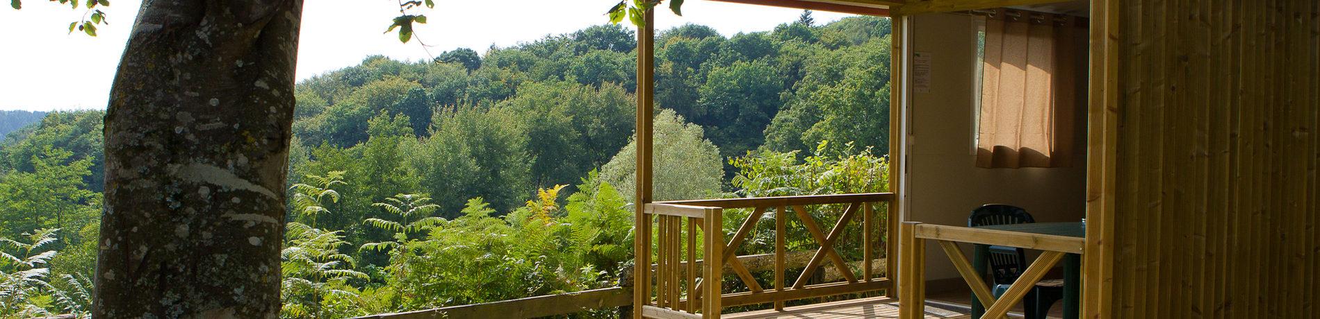 Camping L'Etang de la Fougeraie in Saint-Léger-de-Fougeret is een landelijke camping aan een meer in de mooie natuur van de Nièvre in de Bourgogne.