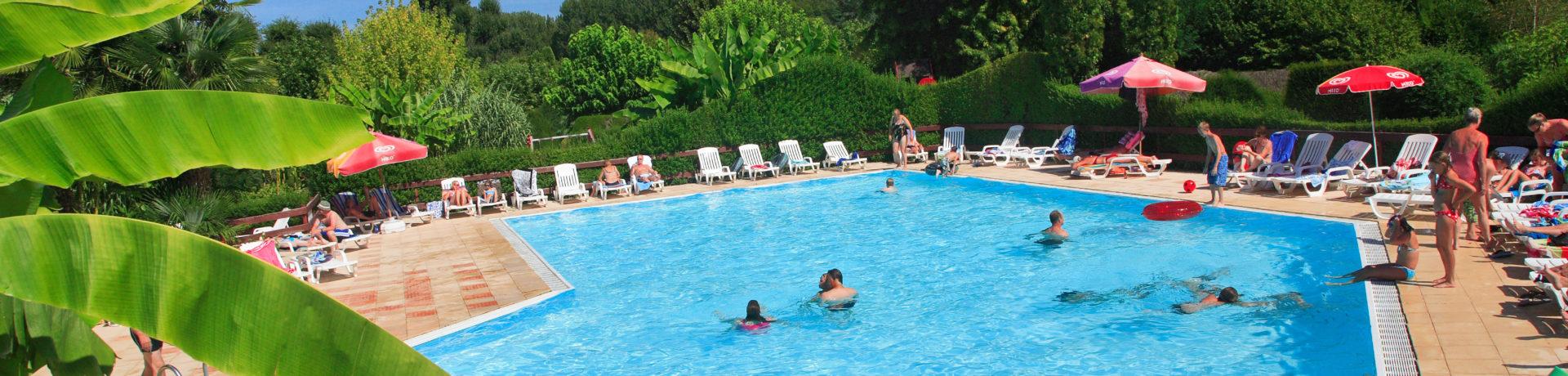 Camping Le Paradis in Saint-Léon-sur-Vézère is een ecologische camping gelegen tussen Les Eyzies en Montignac in de Dordogne in de mooie Aquitaine.