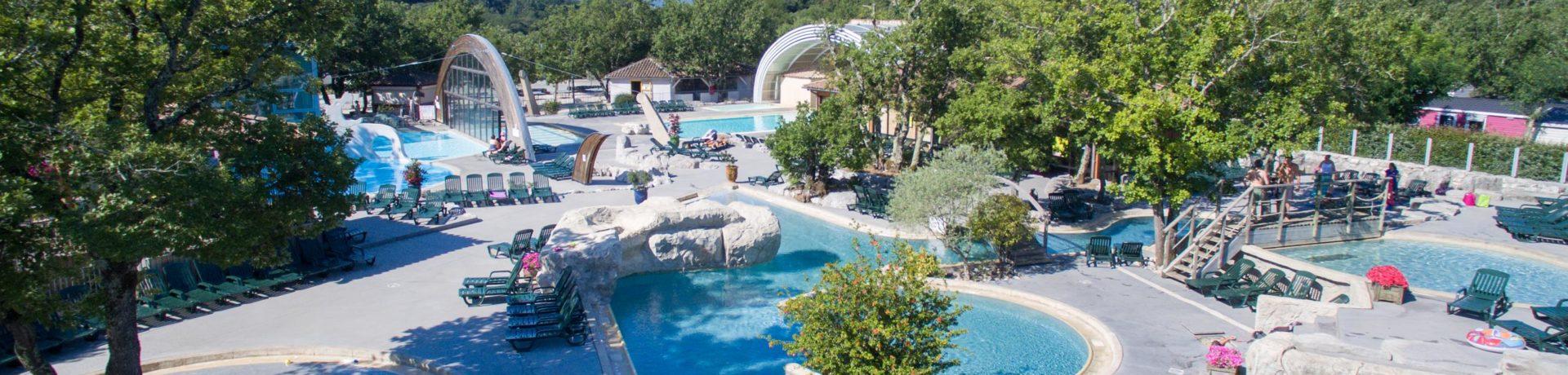 Camping Le Ranc Davaine in Ruoms is een familiecamping in de Ardèche waar alle faciliteiten aanwezig zijn om te genieten van een vakantie in de Rhône-Alpes.