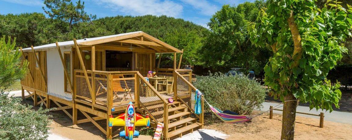 Camping Le Bel Air in La-Flotte-en-Ré is een familiecamping aan zee in de Poitou-Charentes met verwarmd zwembad en mogelijkheid te fietsen op het eiland.