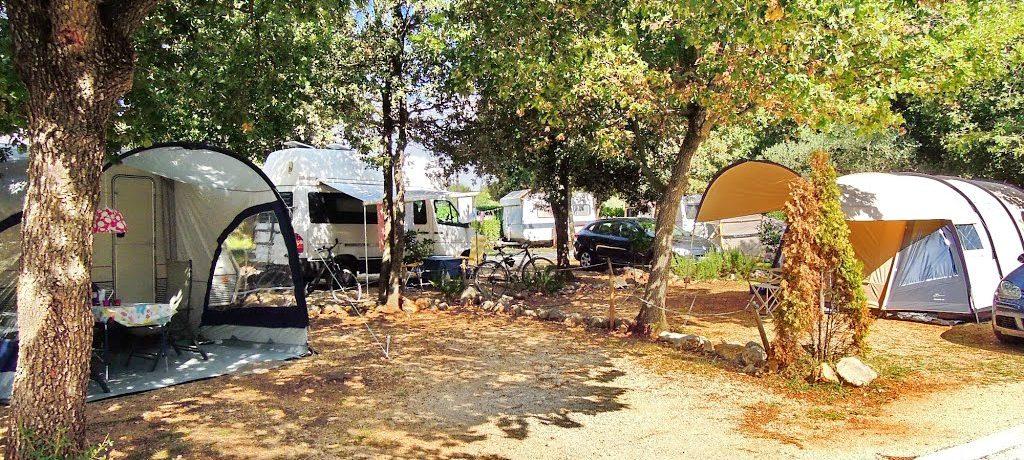 Camping Ulika in Rovinj ist ein Charme Camping mit Schwimmbad in Istrien am Meer. Entdecken Sie die Gastfreundschaft, Gemütlichkeit und den Service.