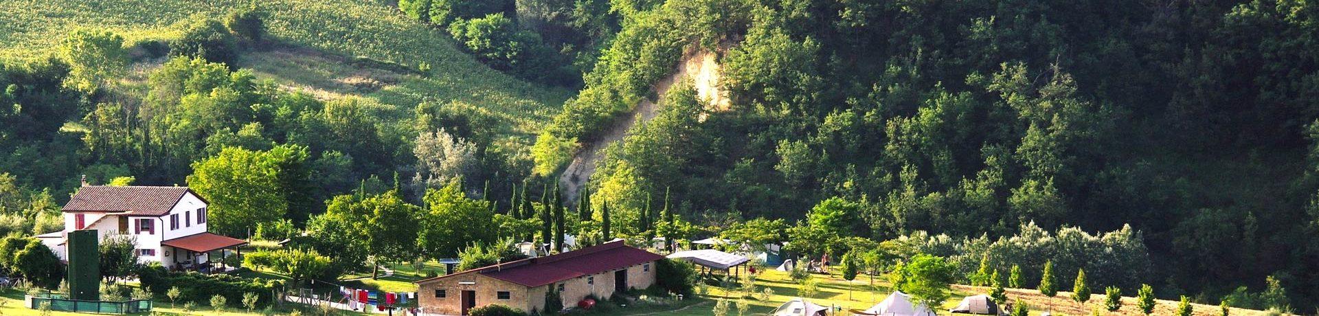 Verblijf in rust op het Italiaanse platteland bij B&B Agricamp Picobello. De kleine camping is ideaal voor rustzoekers en buitenactiviteiten!