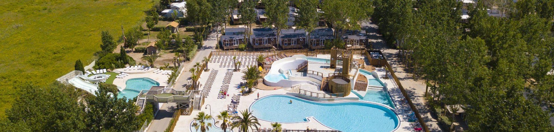 Camping Blue Bayou is een prachtige luxe camping met zwemparadijs gelegen in de Languedoc-Roussillon. Aan het strand gelegen, ideaal voor strandliefhebbers.