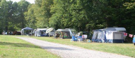 Camping du Moulin de Piot is een mooie natuurcamping aan rivier in de Limousin. De camping is omgeven door prachtige natuur en is daardoor de ideale vakantiebestemming van natuur- en wandelliefhebbers.