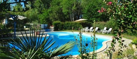 Camping Les Cottages en Périgord in Saint Remy su Lidoire is een kleine camping met 11 huuraccommodaties in de Dordogne.