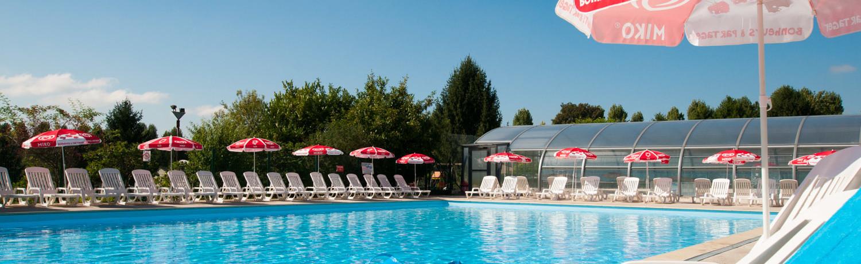 Camping Le Village Parisien is een prachtige familiecamping met zwembad gelegen in de buurt van Parijs.