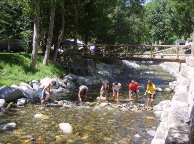 De charme camping Sol i Neu ligt in een prachtige omgeving van Catalonië, direct naast het Aigüestortes Estany Sant Maurici National Park.
