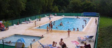 Familiecamping les Ajoncs d'Or in La Baule ligt in een bosrijk park van 6 hectaren in het departement Loire-Atlantique.