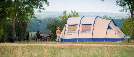 Camping Huttopia Saumur ligt het departement Maine-et-Loire in een groen kader van de regio Centre-Val de Loire.