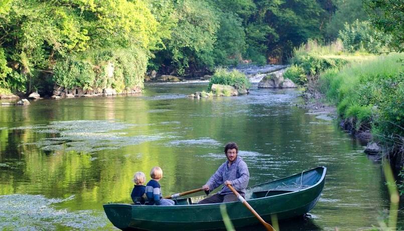 Camping de Milin Kerhe in Vers is een prachtige natuurcamping gelegen aan een rivier in Pabu in Bretagne. De camping ligt afgelegen en is omringt door natuur.