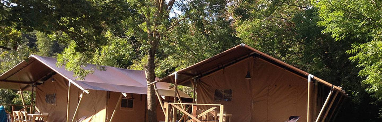 Camping Les Chamberts in Piégros-la-Clastre is een kleine camping gelegen op het platteland aan de rivier de Drôme in de Rhône-Alpes.