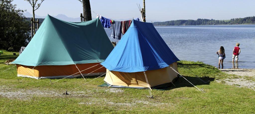 Camping Stein in Bad Endorf is een charme camping in op het platteland in Beieren.