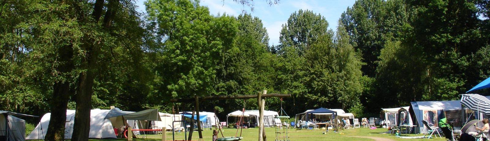 Camping De Ruimte in Dronten is een charme camping met zwembad gelegen in het bos in de provincie Flevoland.