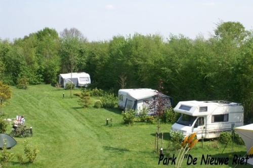 Camping Park De Nieuwe Riet is een rustige camping in Oud Gastel en ligt op een voormalig boerenerf in het Bourgondisch West-Brabant.