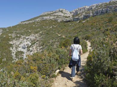 Camping Du Garlaban in Aubagne is een camping in bouches-du-Rhône in een bos in de regio Provence-ALpes-Côte d'Azur.