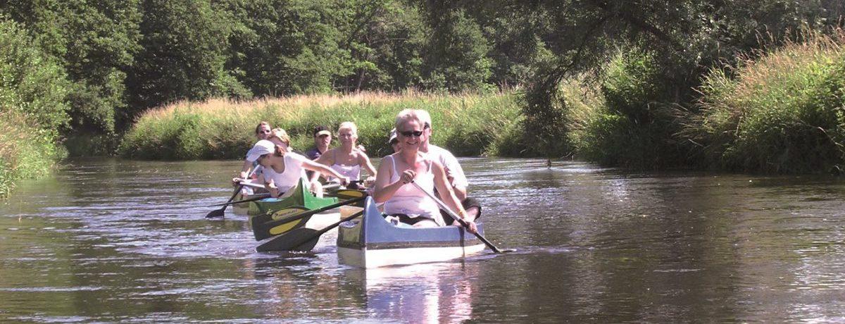 Uhlenköper-Camp Uelzen in Uelzen is een charme camping met zwembad gelegen aan een rivier in de regio Nedersaksen.
