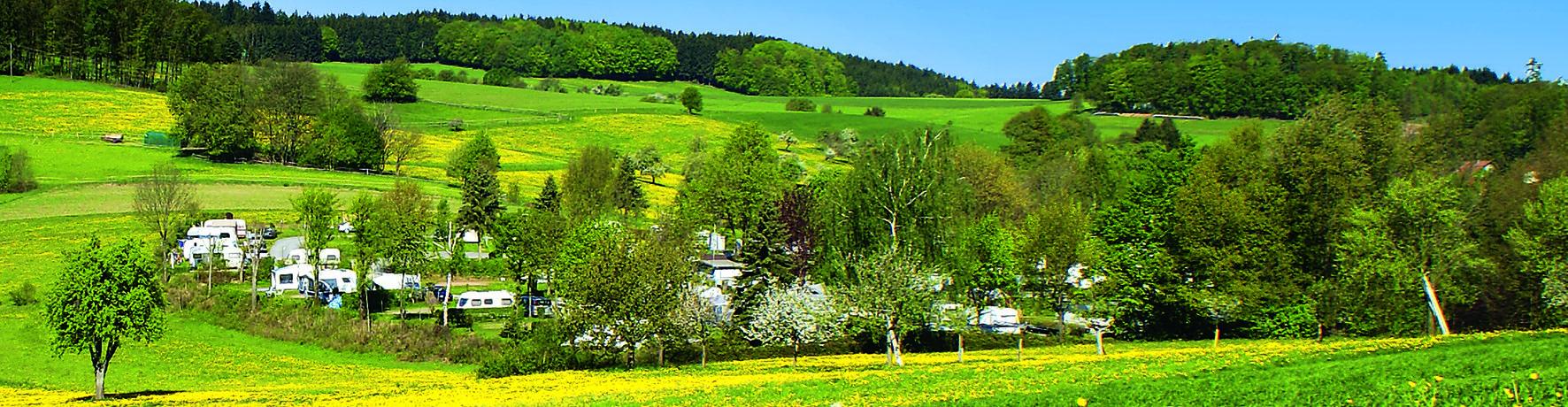 Campingpark Hammelbach in Grasellenbach is een kleinschalige charme camping met zwembad midden in het hart van het Odenwald op het platteland in de deelstaat Hessen.
