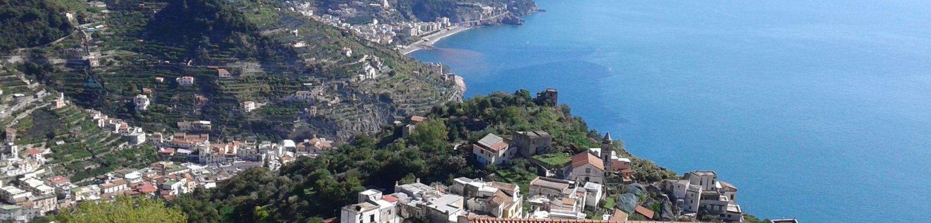 Agriturismo Mare e Monti in Tramonti is een fijne, rustige camping/agriturismo in het hart van de kust van Amalfi, op slechts 10 kilometer van de zee en 12 kilometer van Amalfi.
