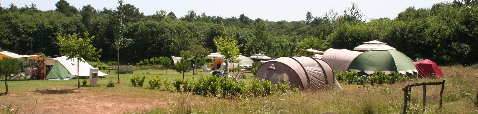 Rastaillou, Domaine de Vacances in Le Buisson-de-Cadouin is een sfeervol vakantiedomein in Frankrijk. Te midden van bijna 5 hectare grasland, omzoomd door bossen.