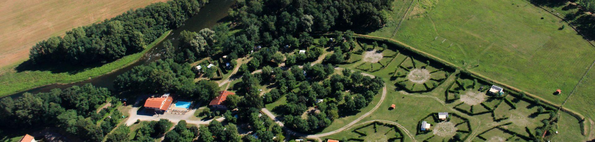 Flower Camping Les Mijeannes inRieux-de-Pelleport is een middelgrote camping met zwembad in de Ariège gelegen aan de gelijknamige rivier L'Ariège.