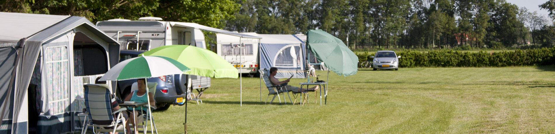 Charme camping in de boomgaard gelegen op het platteland van Gelderland.