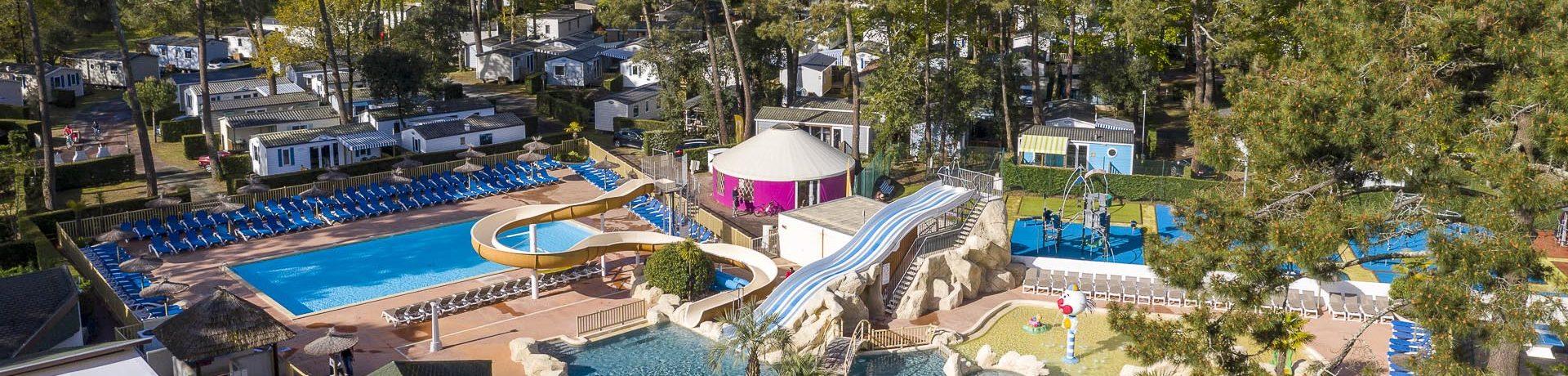 Mooie 4 sterren camping met aquapark en waterglijbanen op slechts 4 km van de Atlantische Oceaan gelegen in de Charente-Maritime.