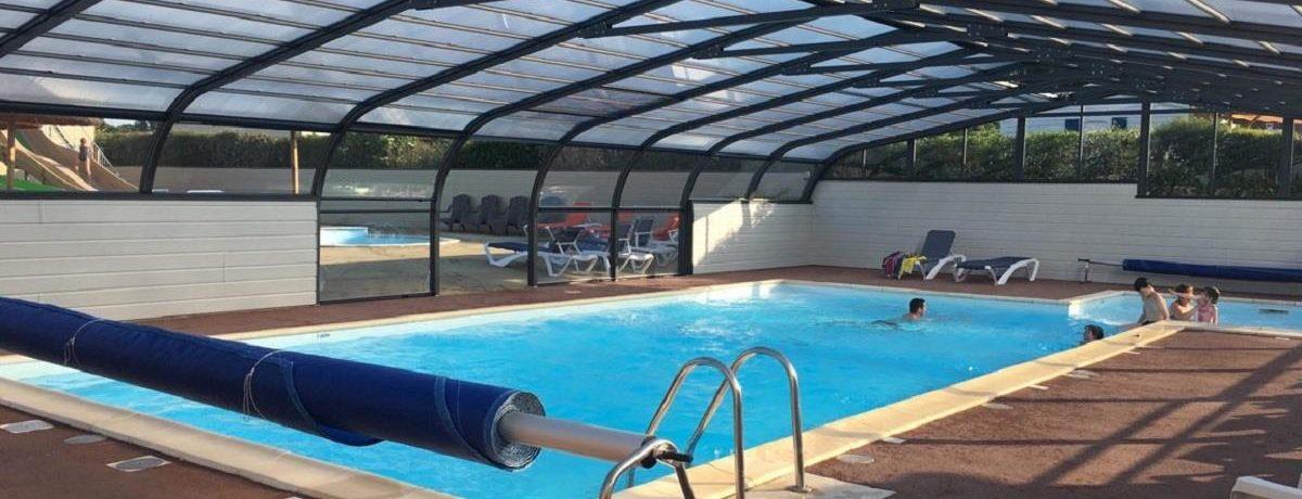 Camping De La Motte in Vendrennes is een middelgrote camping (67 - 150 plaatsen) met zwembad in het departement Vendée.