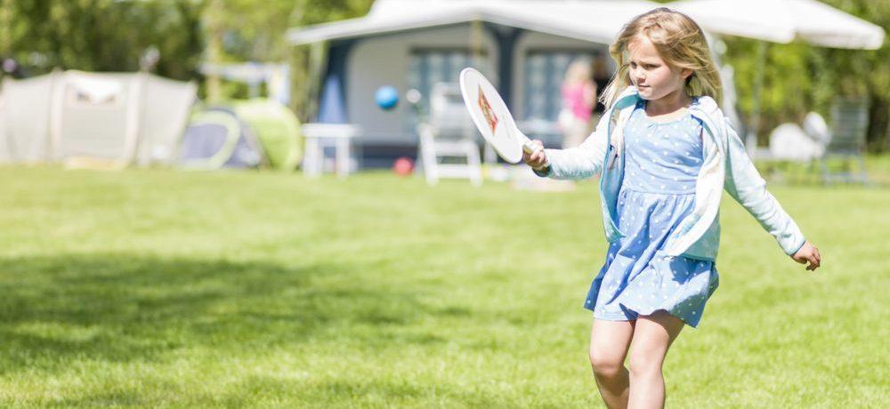 Veelzijdig vakantiepark Westerbergen midden in de natuur van Drenthe, ideaal voor actieve families met kinderen die van de natuur houden.