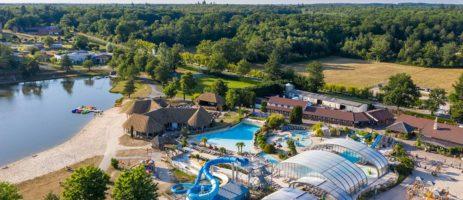Geniet van uw vakantie op camping Les Alicourts in Pierrefitte-sur-Sauldre en ontspan met de hele familie op deze camping in de Loir-et-Cher.