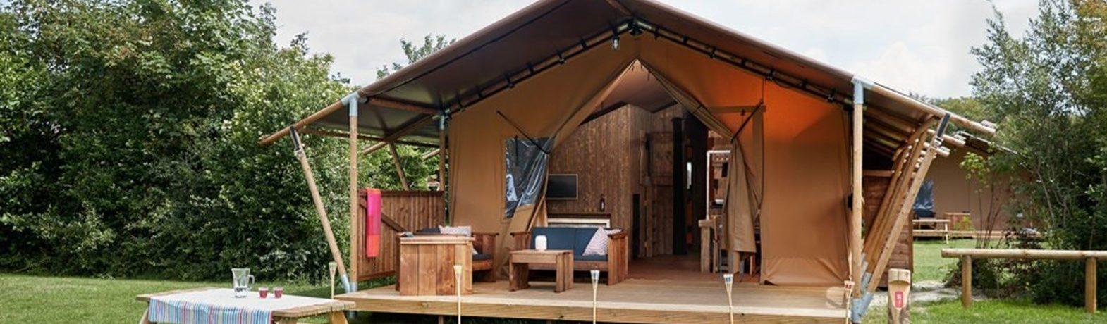 Luxe kamperen op Texel? Ontdek de Luxury Lodge en Safari Lodge op Vakantiepark & glamping De Krim op Texel! Dit is kamperen…maar dan net even anders!